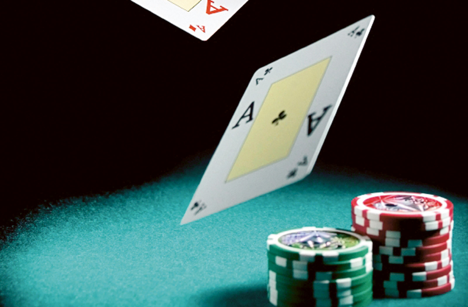 Develop Your Poker Playing Skills the Right way