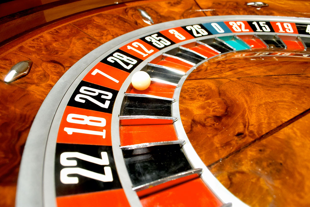 Spread your roulette bets to take a profit